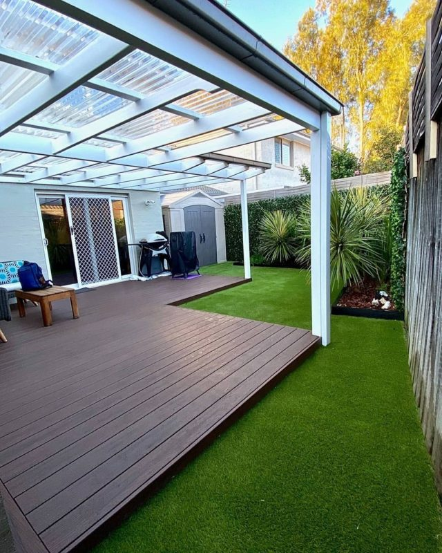 Days are getting longer and warmer, perfect time to start thinking about your backyard !  Our Summer Prestige 40 is the ideal choice for a natural look ! 🍃  And once again @stonedgegardens is showing how it's done 👌 Swipe to see the amazing transformation! 💫  Great job mates ! 💪🤗  So... Is your backyard ready for BBQ season? 🌞